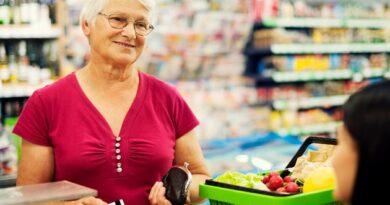 senior shopper